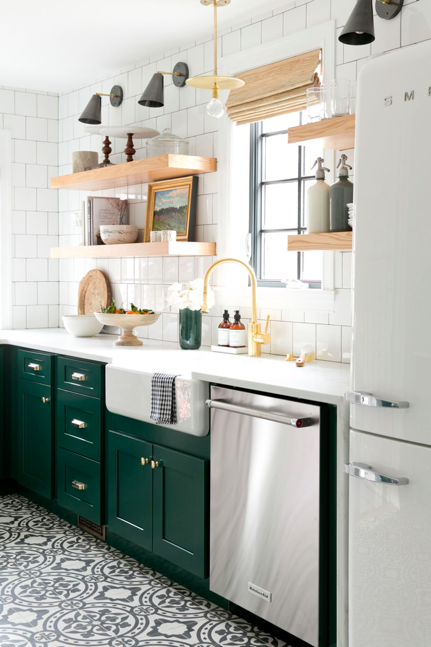 5 Tips For Choosing Kitchen Cabinet Paint Colors Man Vs Clock