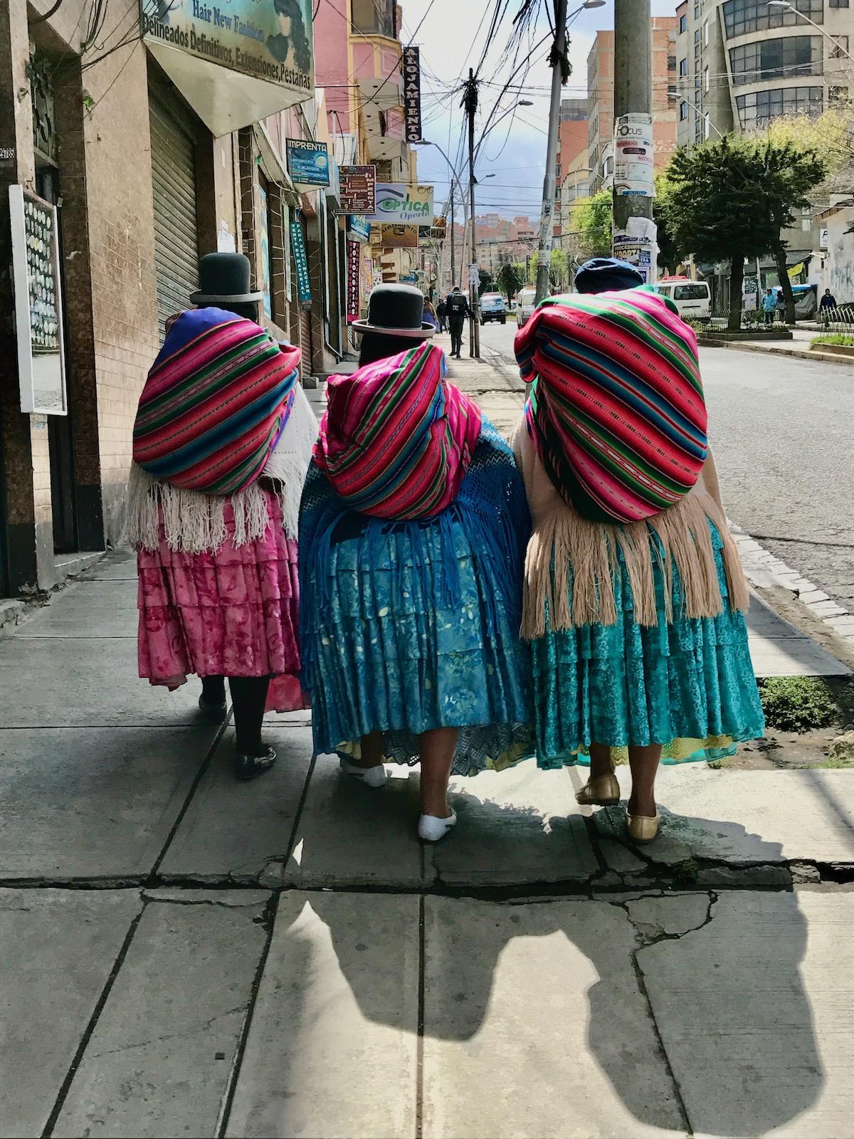 cholitas things to do in la paz
