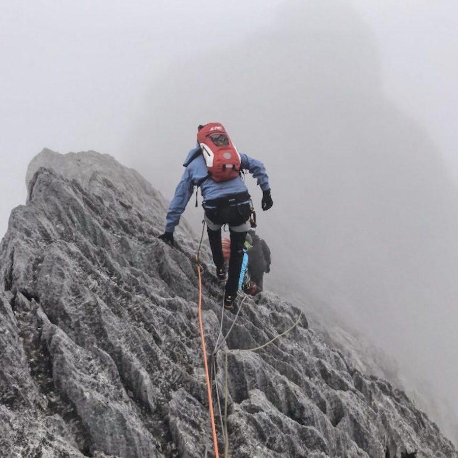 climbing-Puncak-Jaya